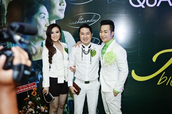 Bầu Hoà lịch lãm cùng MC Kim Trang dự sinh nhật Quách Tuấn Du ảnh 6