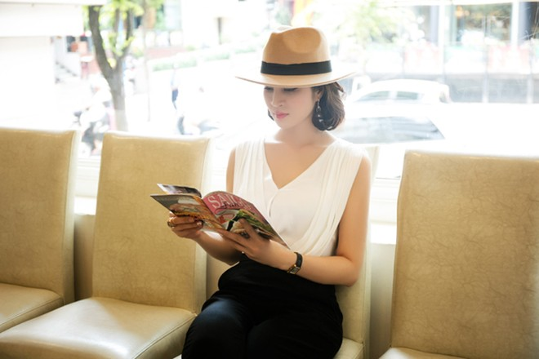 Cận cảnh vẻ đẹp trẻ trung hiếm thấy của MC Thanh Mai ảnh 7