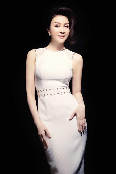 MC Thanh Mai đẹp cuốn hút vạn người mê ảnh 8