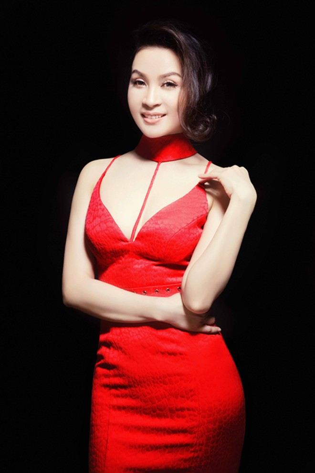 MC Thanh Mai đẹp cuốn hút vạn người mê ảnh 3