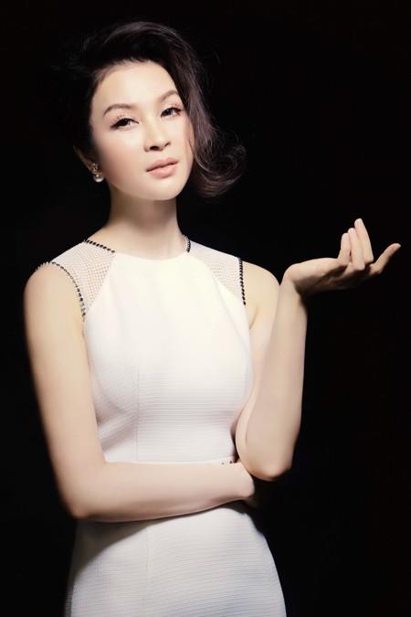MC Thanh Mai đẹp cuốn hút vạn người mê ảnh 7