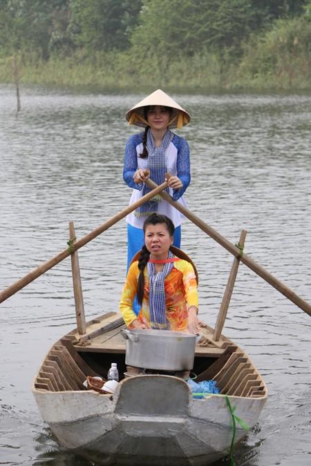 Tái hiện không gian văn hóa chợ nổi Nam bộ tại Hà Nội ảnh 4