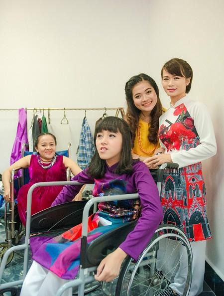 Ấn tượng với màn trình diễn thời trang dành cho người khuyết tật ảnh 3