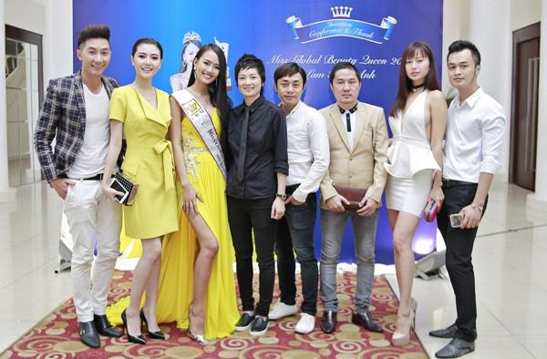 Bầu Hoà lịch lãm dự tiệc mừng tân Á hậu quốc tế Lâm Thuỳ Anh ảnh 7
