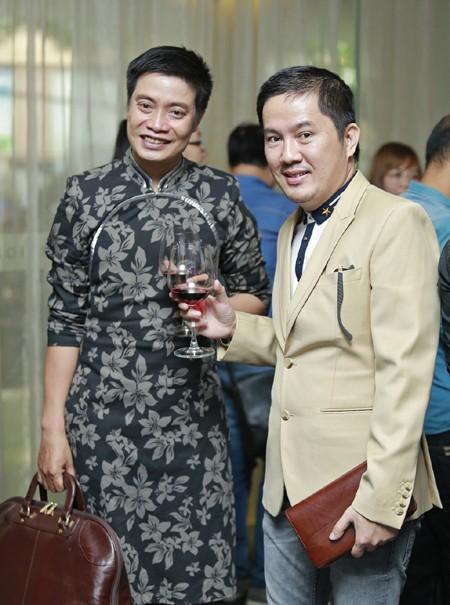 Bầu Hoà lịch lãm dự tiệc mừng tân Á hậu quốc tế Lâm Thuỳ Anh ảnh 6