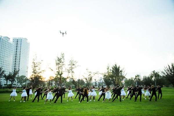 Trọng Hiếu tỏ tình bằng màn trình diễn Flashmob ảnh 8