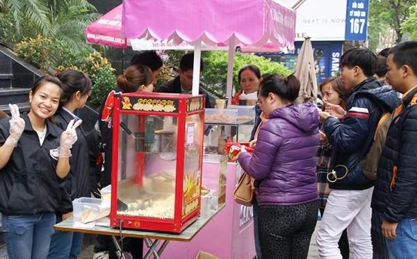 """Chương trình """"Ăn tuỳ ý - Ủng hộ tuỳ tâm"""" do Sakura Việt Nam đang được tổ chức nhằm gây quỹ ủng hộ cho các bệnh nhân nghèo tại Viện Nhi Trung ương."""