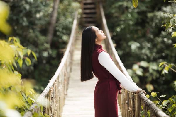 Mê mẩn với những shoot hình lãng mạn của diễn viên Sella Trương ảnh 1