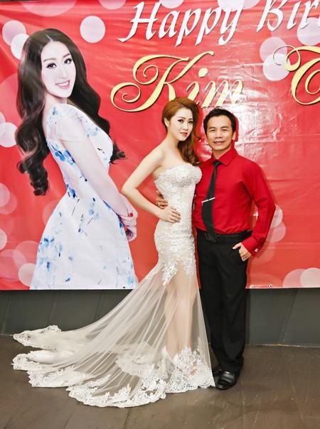 Ca sĩ Ngọc Trân Anh lộng lẫy dự tiệc sinh nhật MC Kim Trang ảnh 5