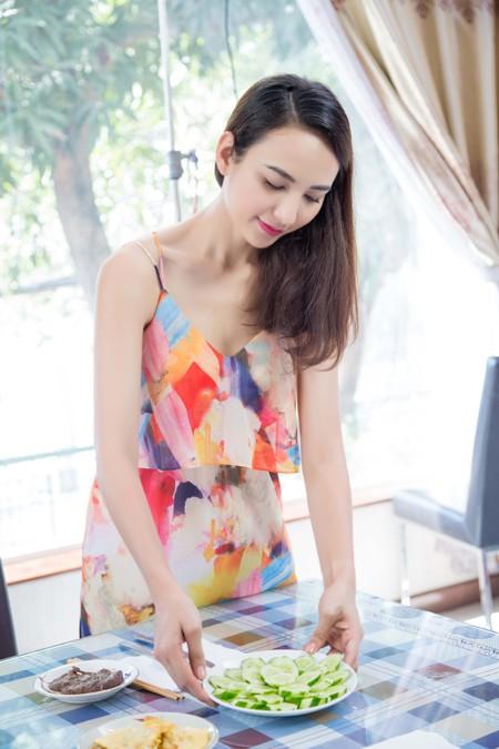 Con gái Hoa hậu Ngọc Diễm trổ tài bếp núc ảnh 8