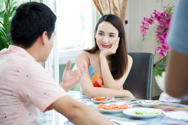 Con gái Hoa hậu Ngọc Diễm trổ tài bếp núc ảnh 5