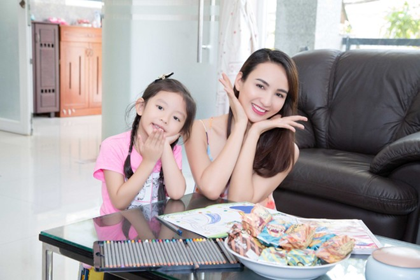 Con gái Hoa hậu Ngọc Diễm trổ tài bếp núc ảnh 9