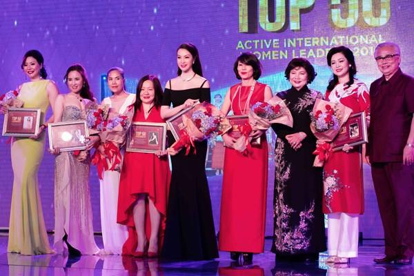 MC Thanh Mai lọt Top 50 nữ lãnh đạo toàn cầu 2016 ảnh 6