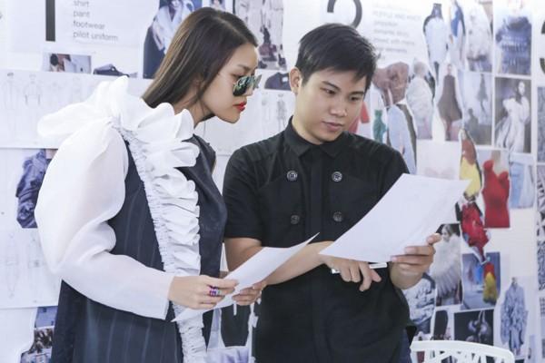 """Lan Khuê """"đội nắng"""" đi thử trang phục tham dự Vietnam International Fashion Week 2016 ảnh 7"""