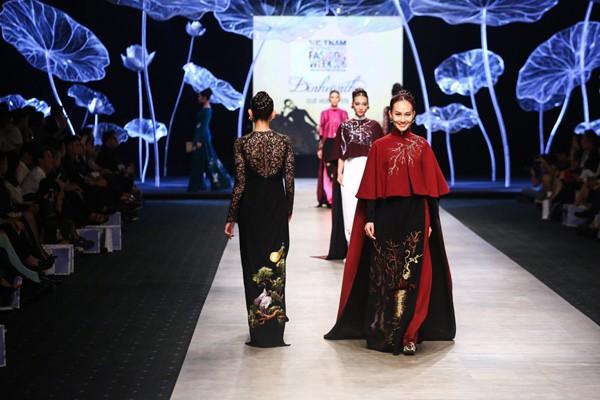 """Lương Thế Thành - Thuý Diễm tái hiện """"đám cưới"""" trên sàn catwalk ảnh 5"""