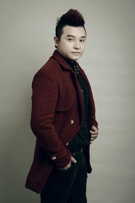Album gồm 6 ca khúc của các nhạc sĩ trẻ Khắc Việt, Phúc Trường, Đức Thịnh, Phạm Bảo Nam. Đây là những ca khúc dễ nghe, dễ thuộc, có thể đến với đông đảo công chúng.