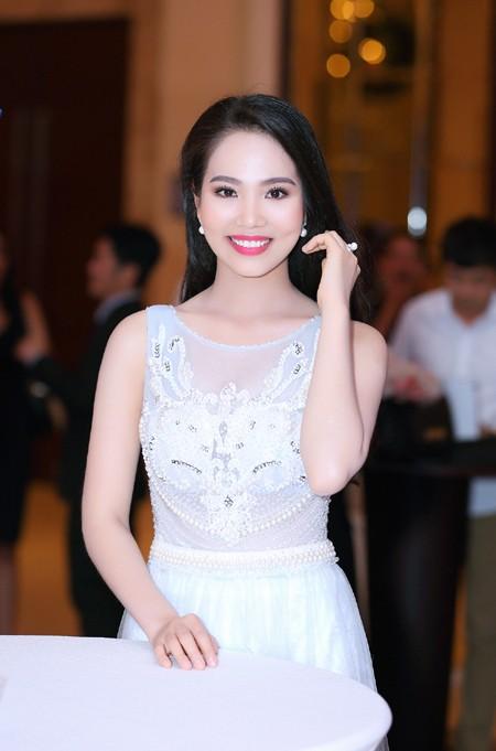 """Người đẹp Áo dài Dương Kim Ánh sẽ """"chinh phục"""" Hoa hậu Việt Nam 2016 ảnh 6"""