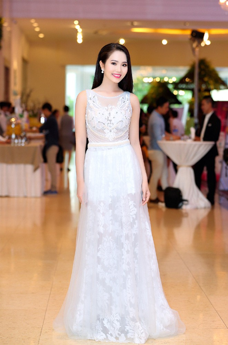 """Người đẹp Áo dài Dương Kim Ánh sẽ """"chinh phục"""" Hoa hậu Việt Nam 2016 ảnh 3"""