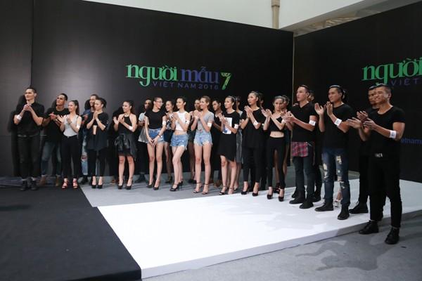 """Thí sinh Vietnam's Next Top Model mùa thứ 7 """"nghẹt thở"""" trong chiếc lồng dây thừng ảnh 10"""