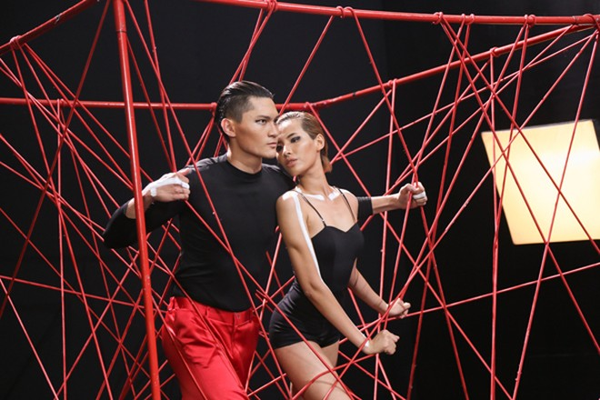 """Thí sinh Vietnam's Next Top Model mùa thứ 7 """"nghẹt thở"""" trong chiếc lồng dây thừng ảnh 6"""
