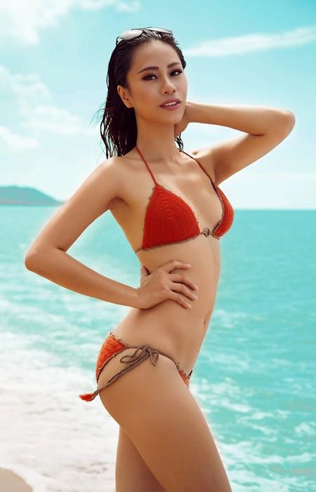 Ngắm dàn mỹ nhân Việt diện bikini nóng bỏng