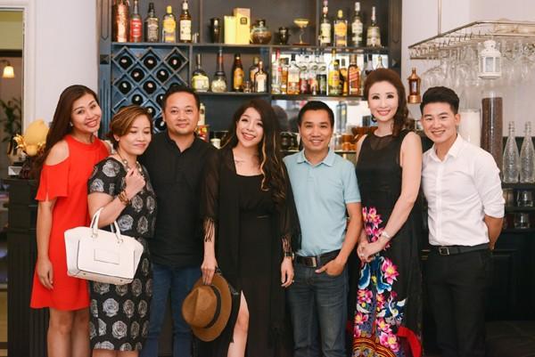 Được biết, toạ đàm lần này là một hoạt động vô cùng ý nghĩa và thiết thực mà Nhiếp ảnh gia Tô Thanh Tân và nhà báo Ngô Bá Lục ấp ủ và thực hiện nhằm chia sẻ những kinh nghiệm cần thiết đối với các bạn trẻ khi có mong muốn tham gia vào lĩnh vực giải trí hay showbiz Việt.