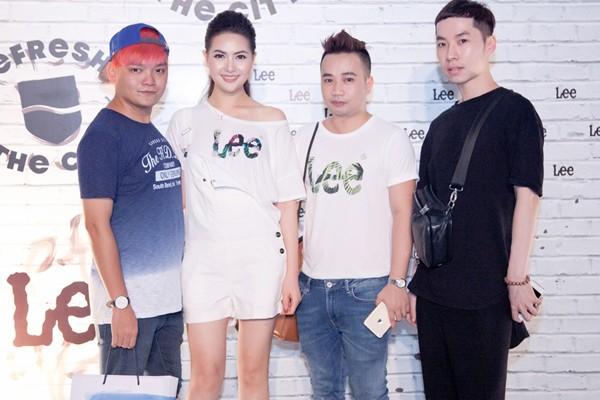 Để chuẩn bị cho sự kiện lần này được chu đáo, Hoa hậu Mai Hà Ngân đã mang theo ekip của mình gồm: giám đốc sáng tạo Trịnh Tú Trung, chuyên gia trang điểm Tú Tạ và nhà thiết kế Huy Trần.