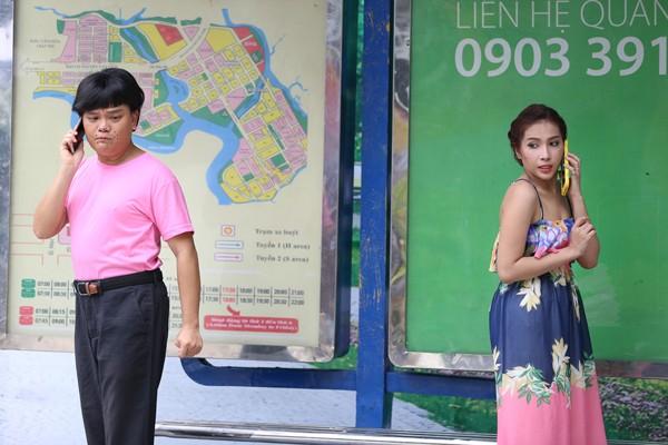 Hợp sức cùng Khả Như - Thanh Duy, Trịnh Tú Trung chọc cười khán giả ảnh 1