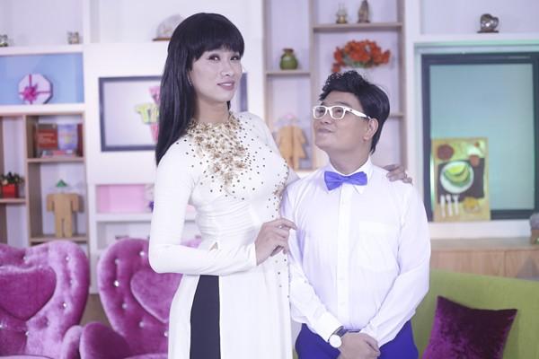 Hợp sức cùng Khả Như - Thanh Duy, Trịnh Tú Trung chọc cười khán giả ảnh 4