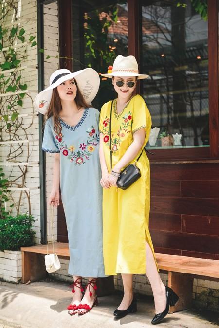 Chị em Yến Trang - Yến Nhi diện thời trang cá tính dạo phố ảnh 3