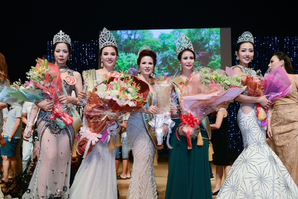 Lê Thanh Thúy đăng quang Hoa hậu Doanh nhân người Việt châu Á 2016 ảnh 4