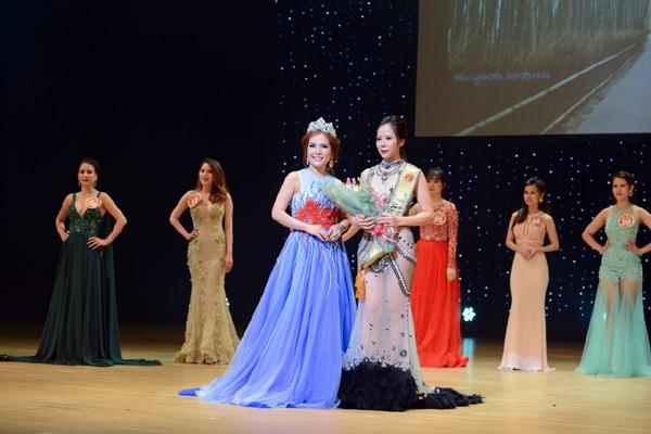 Lê Thanh Thúy đăng quang Hoa hậu Doanh nhân người Việt châu Á 2016 ảnh 7
