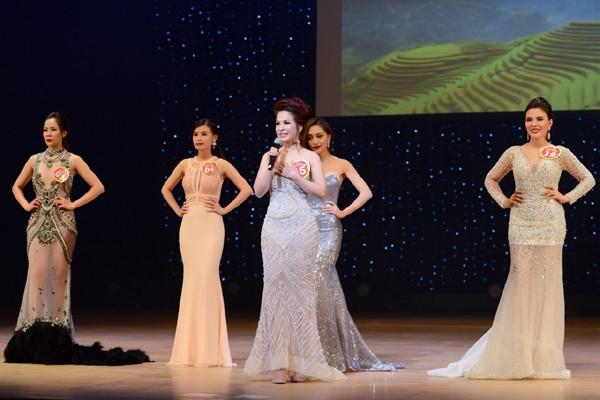 Lê Thanh Thúy đăng quang Hoa hậu Doanh nhân người Việt châu Á 2016 ảnh 1