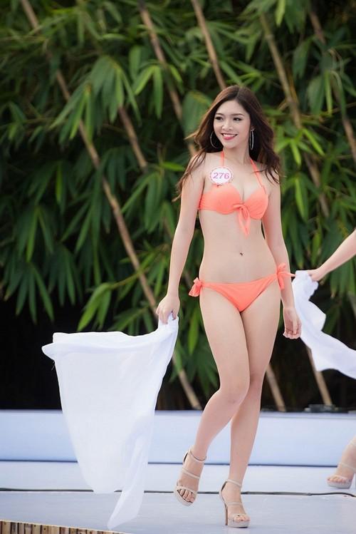 Hoa hậu Việt Nam 2016: Nóng với màn khởi động trình diễn bikini