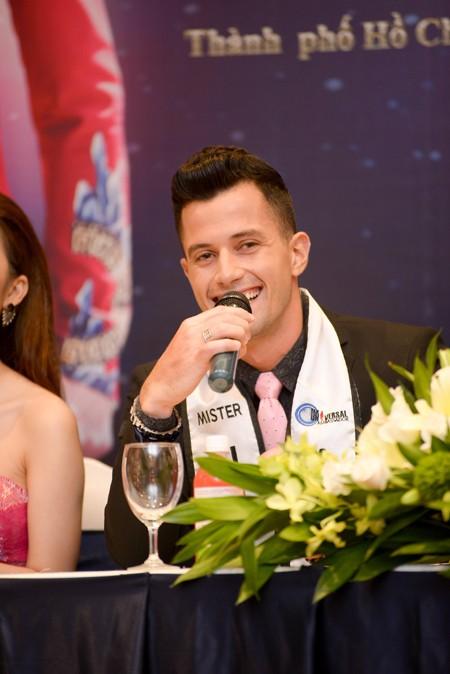Siêu mẫu Ngọc Tình đại diện Việt Nam tranh giải Nam vương Đại sứ Hoàn vũ ảnh 2
