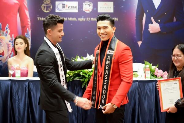 Siêu mẫu Ngọc Tình đại diện Việt Nam tranh giải Nam vương Đại sứ Hoàn vũ ảnh 10