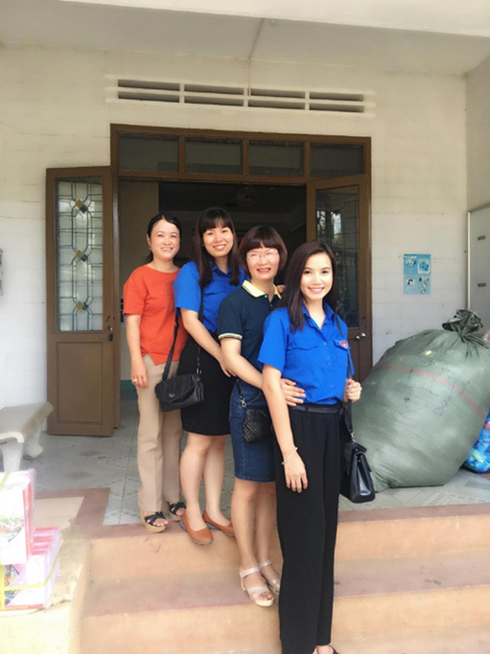 Với vai trò là một cô giáo ở trường sư phạm, Lương Giang dành nhiều tình cảm cho các em học sinh, đặc biệt là các em ở vùng sâu, vùng xa, dân tộc thiểu số.