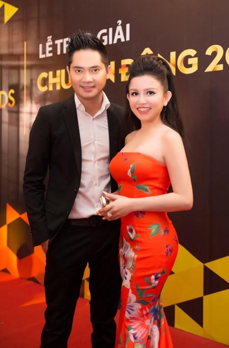 Janny Thủy Trần rạng ngời trên thảm đỏ VTV Awards ảnh 7