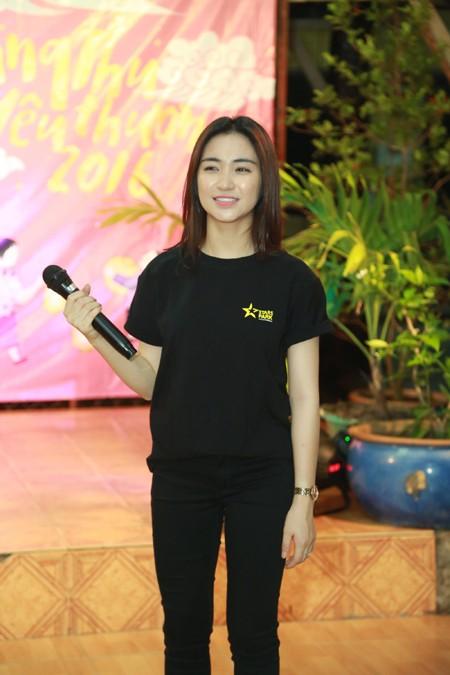 Trọng Hiếu, Hoà Minzy và Rocker Nguyễn vui Trung thu cùng trẻ em cơ nhỡ ảnh 3