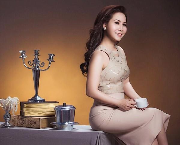 Nữ hoàng Doanh nhân Kim Chi khoe vẻ đẹp mặn mà đầy quyến rũ ảnh 7