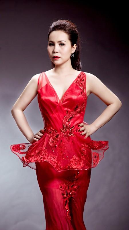 Nữ hoàng Doanh nhân Kim Chi khoe vẻ đẹp mặn mà đầy quyến rũ ảnh 5