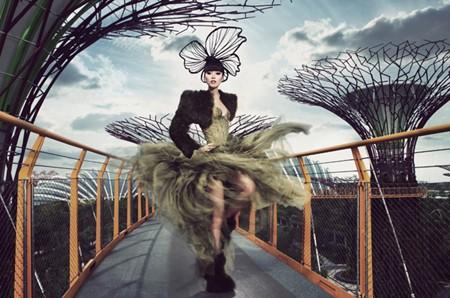 Siêu mẫu Jessica Minh Anh và những sàn diễn thời trang không tưởng ảnh 6
