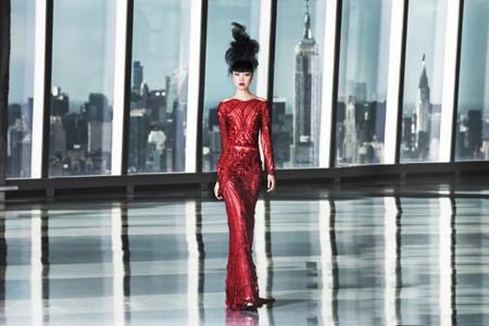 Siêu mẫu Jessica Minh Anh và những sàn diễn thời trang không tưởng ảnh 4