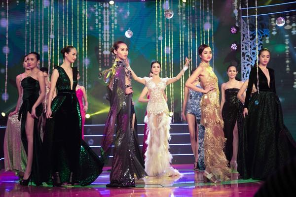 """Ghen tị với vóc dáng gợi cảm của """"người đẹp không tuổi"""" - MC Thanh Mai ảnh 4"""