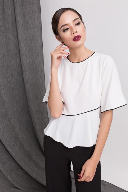 Top 5 Vietnam Next Top Model Trần Hiền đẹp ngỡ ngàng trong sắc đen trắng