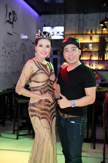 Hoa hậu Kim Thoa gây ấn tượng với mini liveshow bolero đầu tay ảnh 8