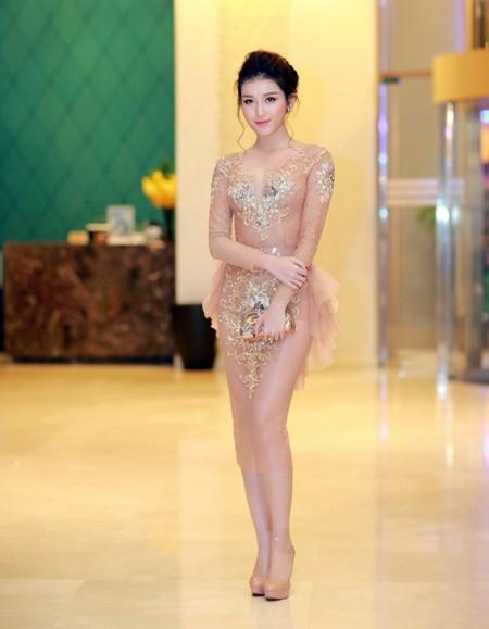 Á hậu Huyền My quyến rũ với thời trang xuyên thấu ảnh 2
