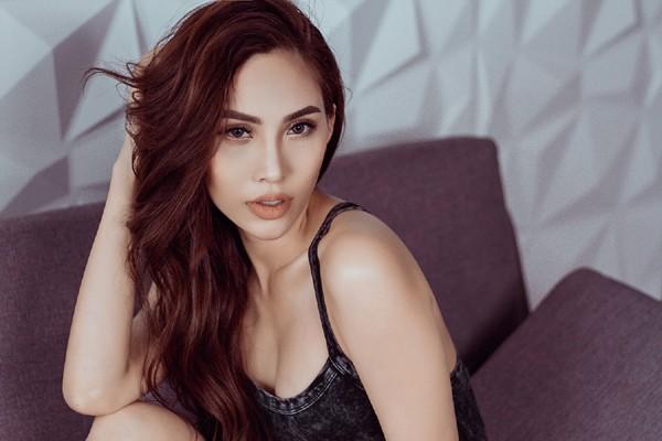 Dù không thường xuyên xuất hiện ở các sự kiện giải trí nhưng siêu mẫu Trương Hằng được đánh giá là ngày càng xinh đẹp, quyến rũ.