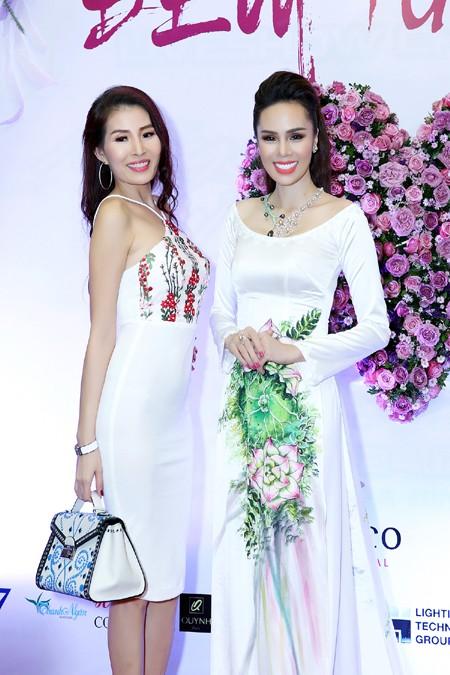 Á hậu Tố Uyên cùng các nghệ sỹ sẽ trao quà tận tay cho các em học sinh nghèo tại Y Tý, Lào Cai