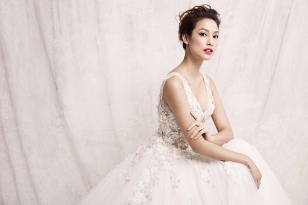 """Lilly Nguyễn hoá thân """"công chúa tuyết"""" khoe vẻ đẹp gợi cảm ảnh 8"""